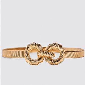 Gold stretchy belt